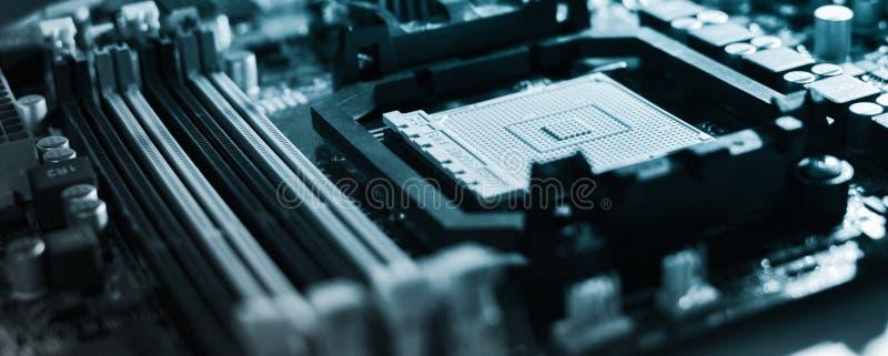 Mainboard em cores azuis imagens de stock