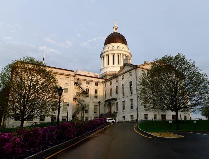 Maine State House im Twilight's letzten Glänzen lizenzfreie stockfotografie