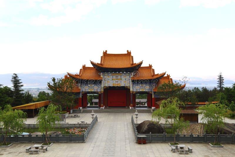 Maingate av den Chongsheng templet arkivbild
