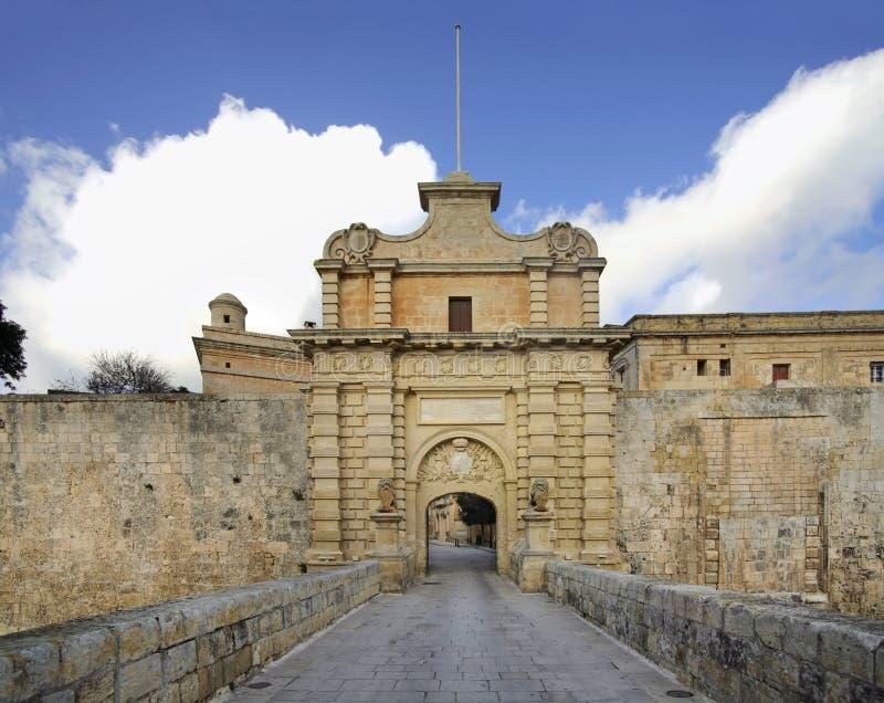 Maingate av staden i Mdina Malta arkivbild