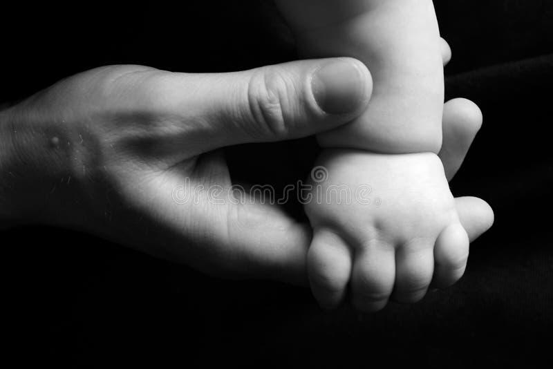 Mains affectueuses photos libres de droits