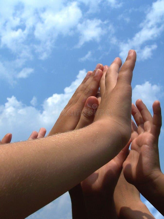 Mains d'enfant photos libres de droits