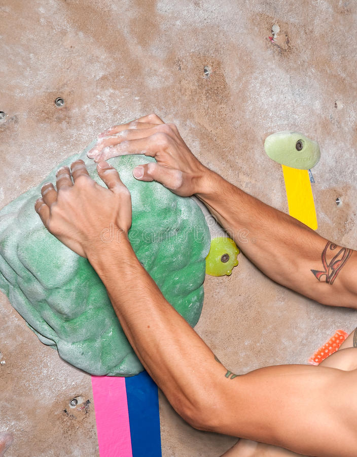 Mains de grimpeur photos stock