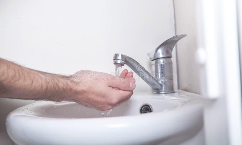 Mains de nettoyage Hygiène Laver les mains images stock