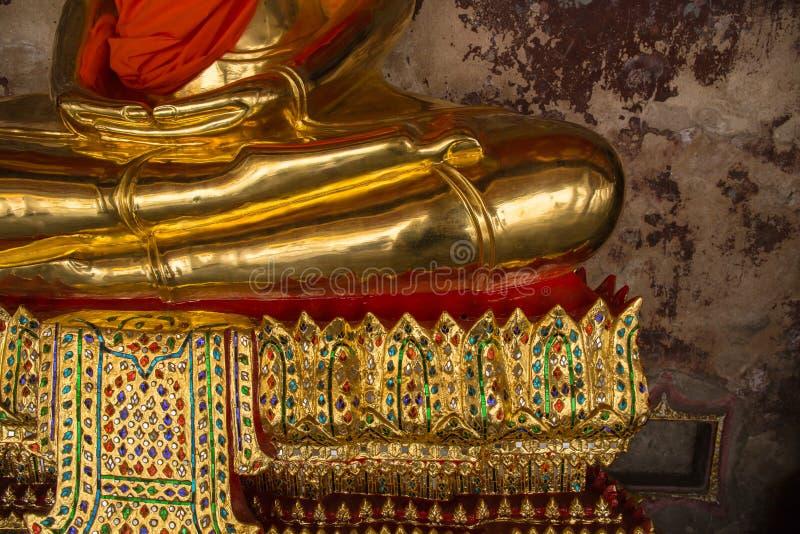 Mains et pied de statue de Bouddha photos libres de droits