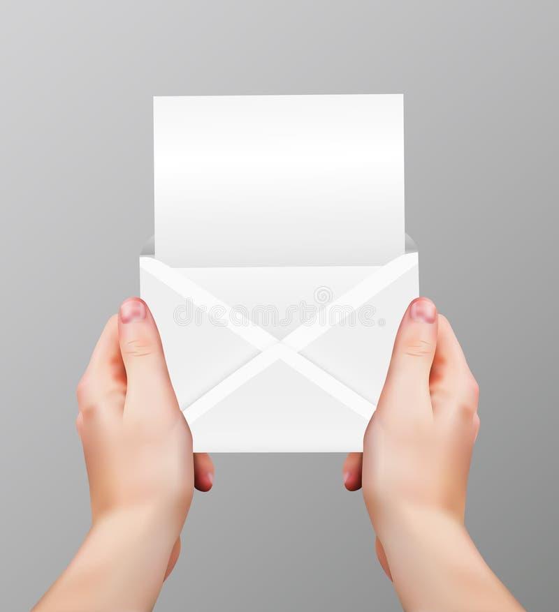 Mains réalistes de vecteur jugeant la lettre vide ouverte d'isolement sur le fond gris illustration libre de droits