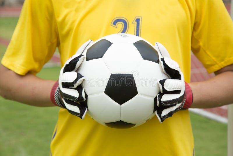 Download Mains Utilisées Par Gardien De But Pour Des Crochets La Boule Image stock - Image du goalkeeper, caucasien: 45363611