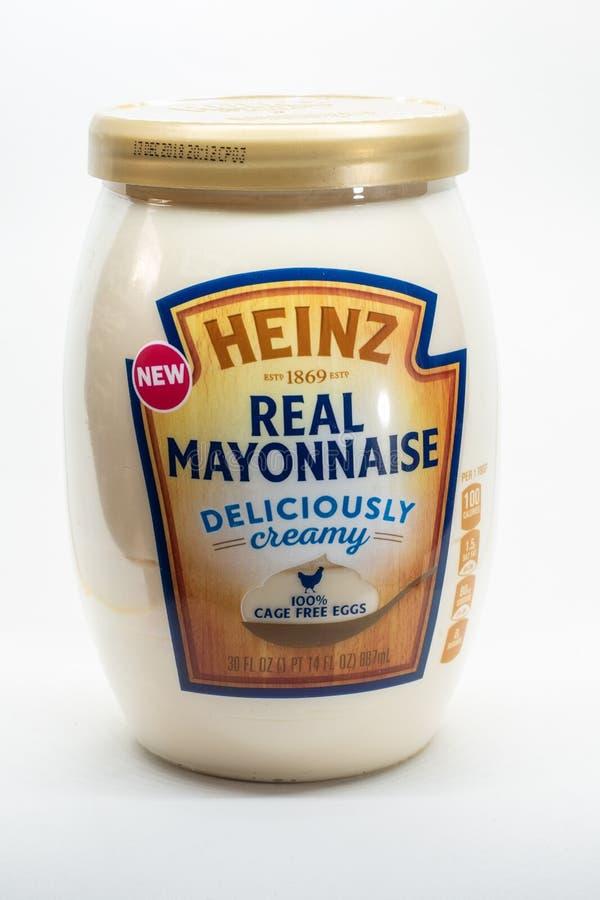 Maionese de Heinz isolada no fundo branco fotos de stock royalty free