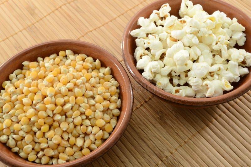 Mais e popcorn immagini stock libere da diritti