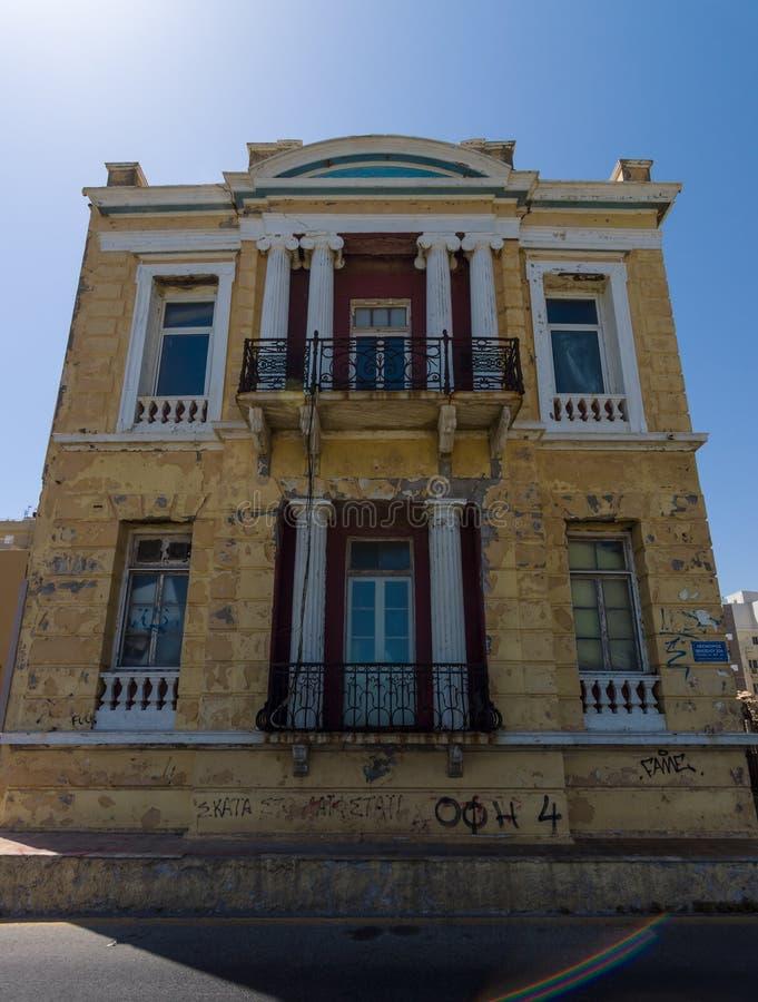 Maison abandonnée en dehors des destinations de touristes photo libre de droits