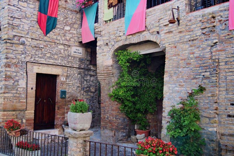 Maison antique dans Bevagna photographie stock libre de droits