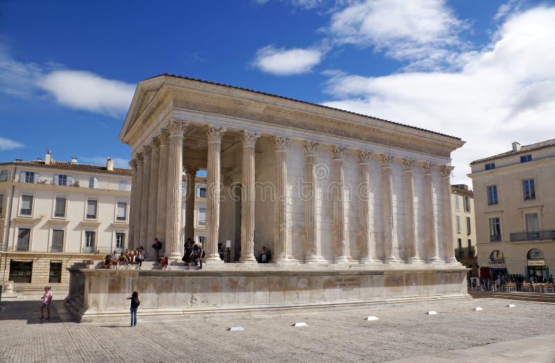 Maison Carree, Nimes, França imagens de stock
