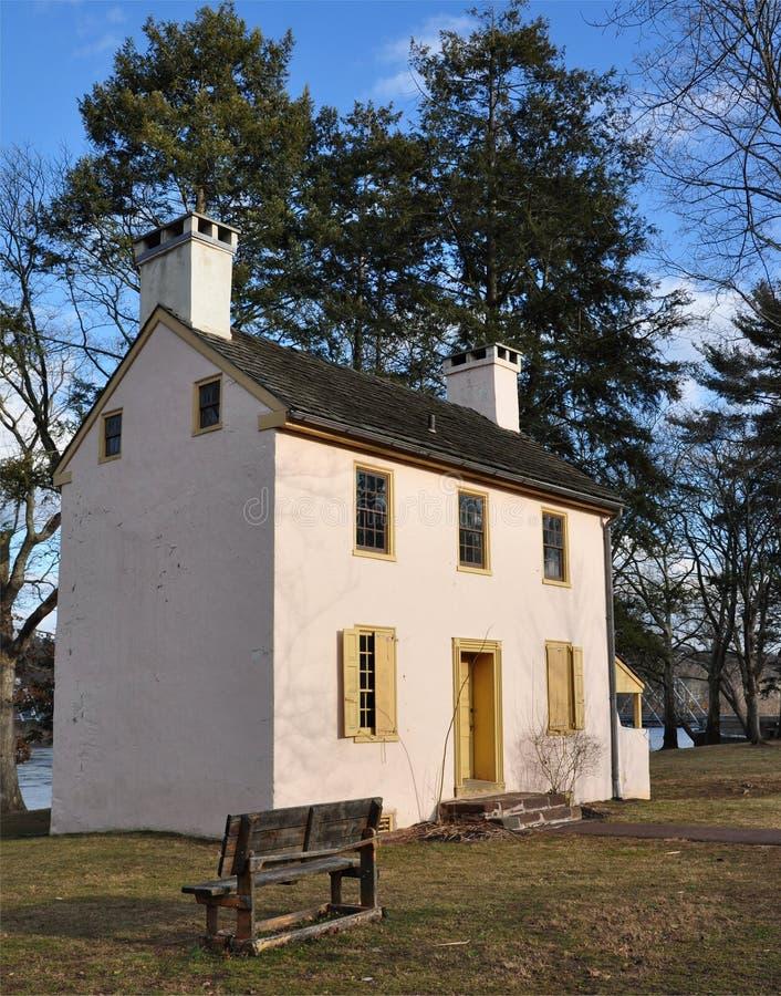 Maison coloniale photos stock
