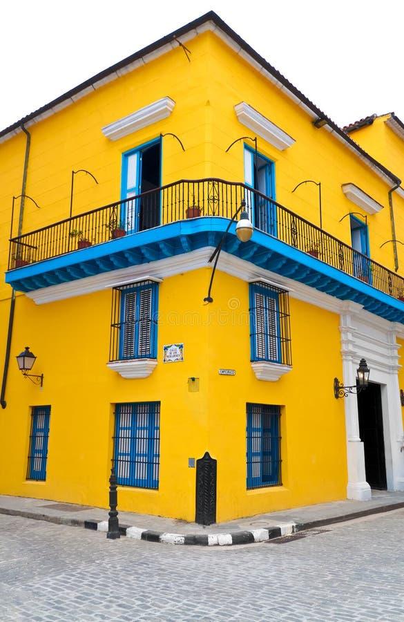 Maison colorée type à vieille La Havane images stock