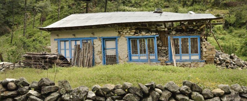 Maison détruite après le tremblement de terre depuis le 25 avril 2015, vallée de Khumbu Le Népal 2015 photographie stock libre de droits
