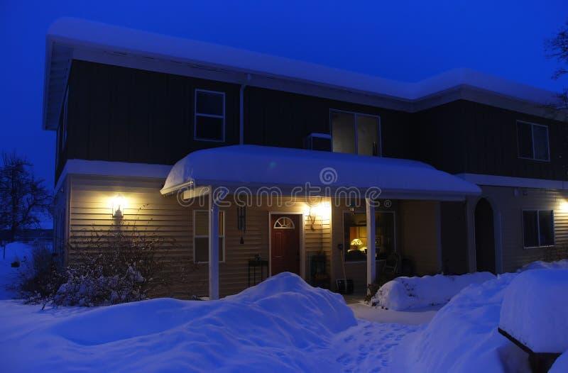 Maison d'hiver photos stock