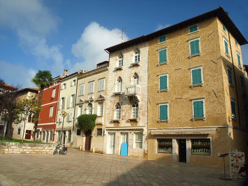 Maison d'Italianate dans Porec image libre de droits