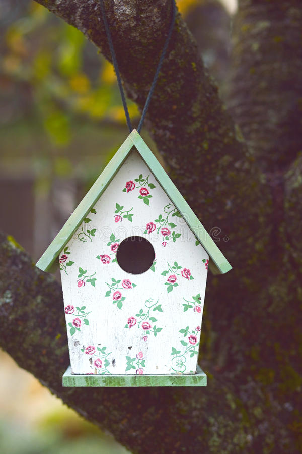 Maison d'oiseau photographie stock libre de droits