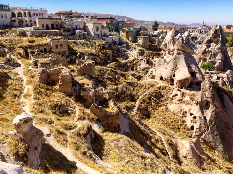 Maison de caverne, Uçhisar, Turquie images libres de droits