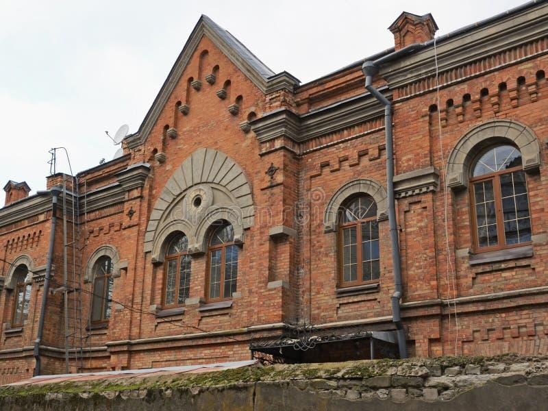 Maison de clergé de Roman Catholic Church dans Mykolaiv, Ukraine images stock