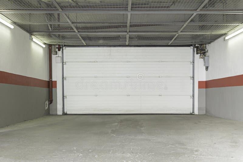Maison de garage photos stock