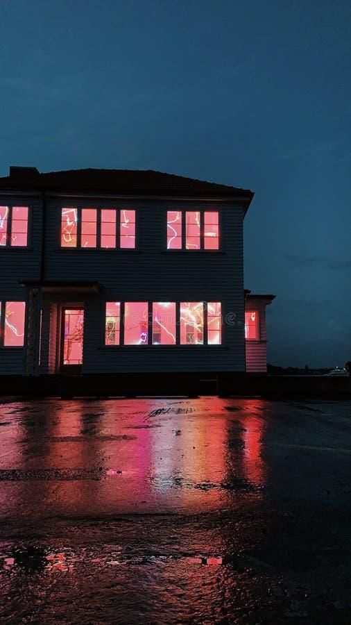 Maison de Neon photos stock