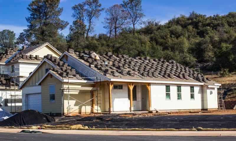 Maison de nouvelle construction image stock
