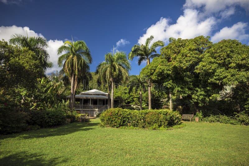 Maison de planteur dans le jardin botanique Ville de route, Tortola photos libres de droits