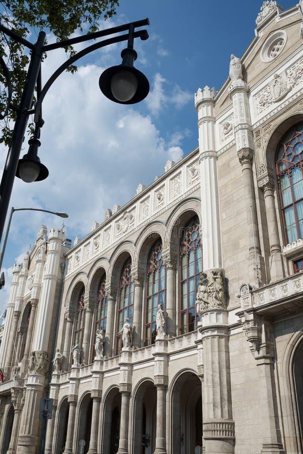 Maison de salle de concert sur la place de Vigado - Budapest images stock