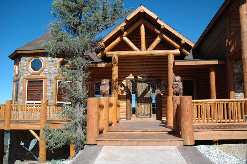 Maison de type de cabine de logarithme naturel photo libre de droits