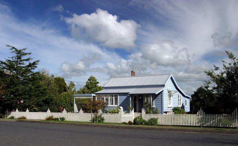 Maison douce à la maison photo libre de droits