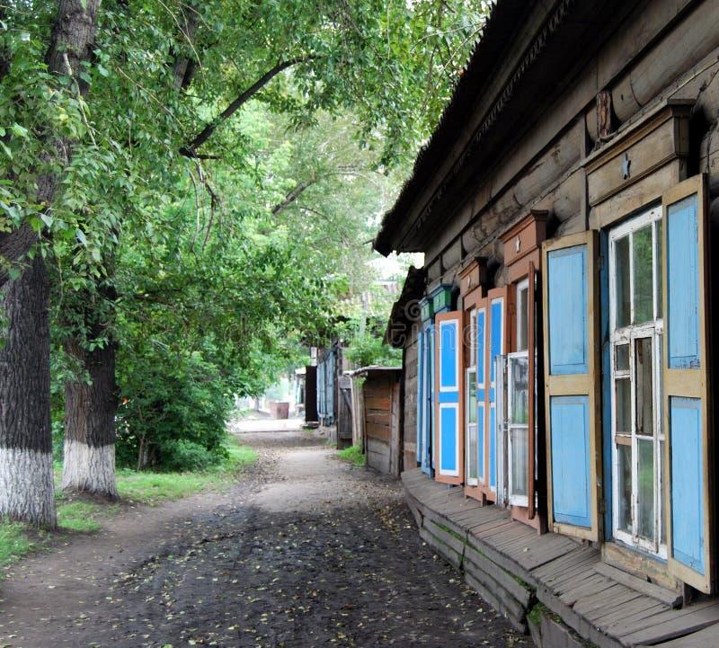 Maison en bois photographie stock libre de droits
