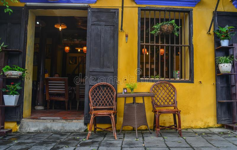Maison en bois antique en Hoi An, Vietnam photos libres de droits