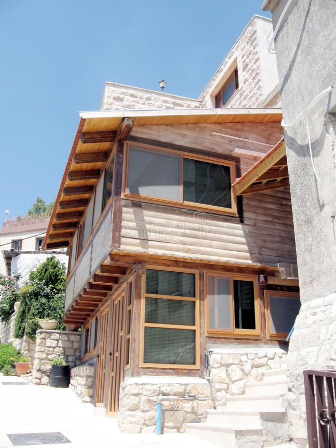 Maison en bois 2008 de Safed photographie stock libre de droits