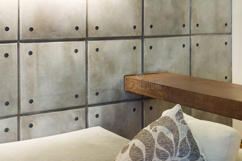 Maison intérieure, détail, mur en béton image stock