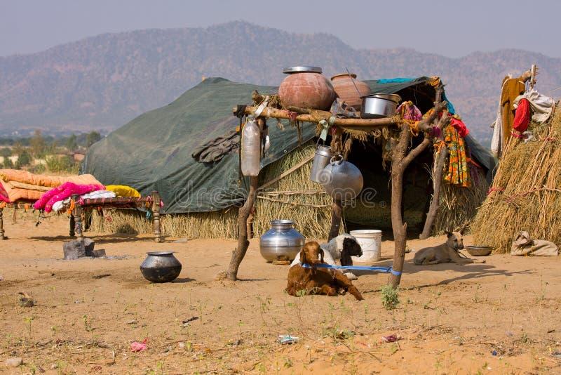 Maison isolée dans le désert, Inde photographie stock libre de droits