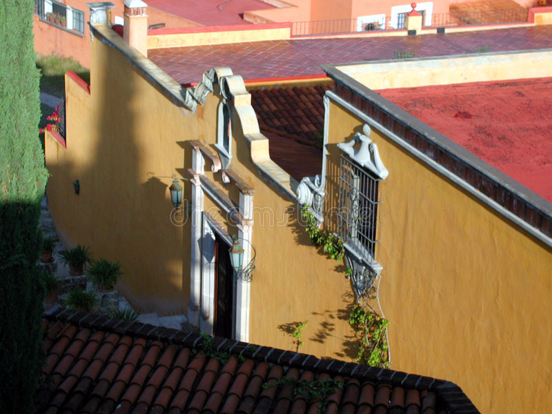 Maison jaune - San Miguel Mexique images stock