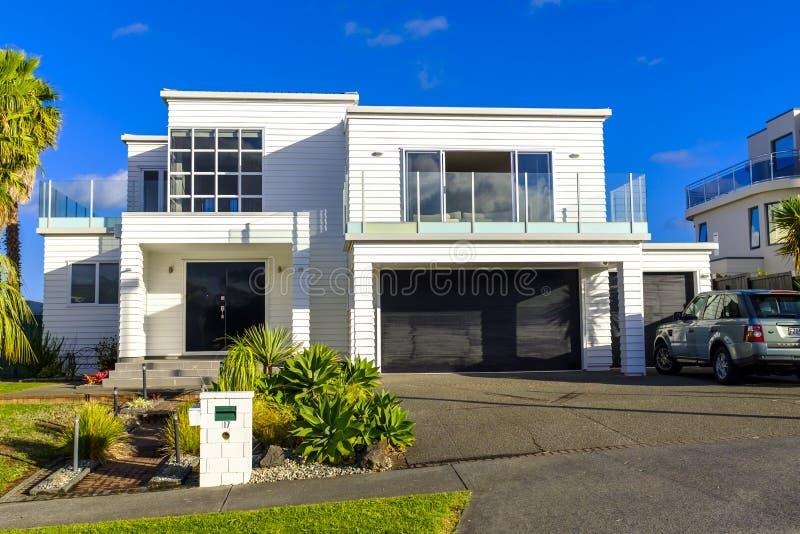 Maison moderne à Auckland du centre image libre de droits