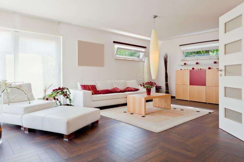 Maison moderne, salle de séjour images libres de droits