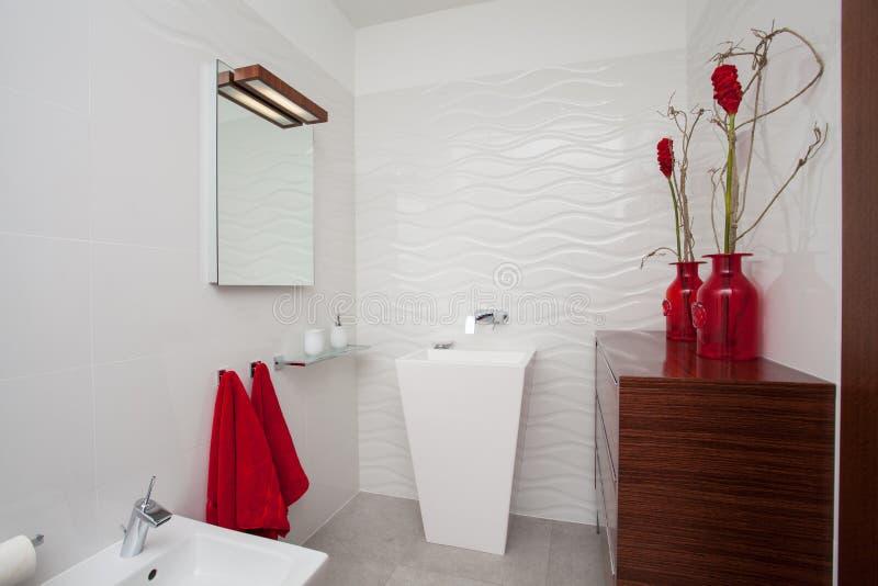 Maison nuageuse - salle de bains photographie stock