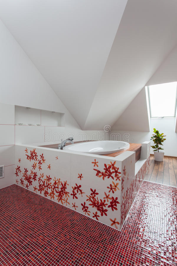 Maison rouge - bain initial image stock