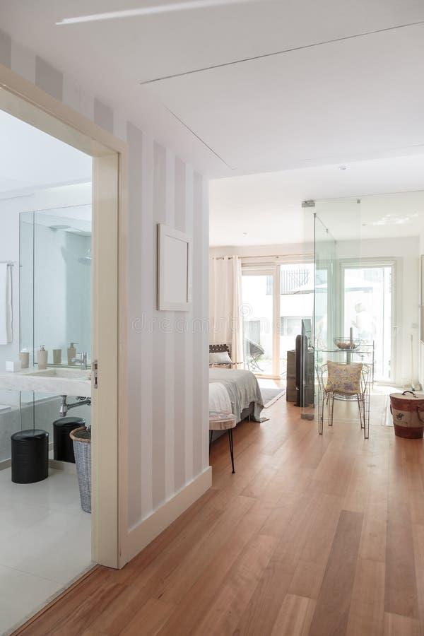 Chambre Simple Moderne - Amazing Home Ideas - freetattoosdesign.us