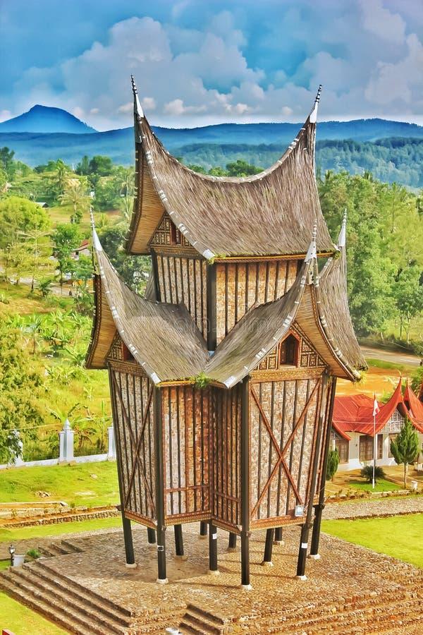 Maison traditionnelle de minangkabau Sumatra occidental Indonésie photographie stock