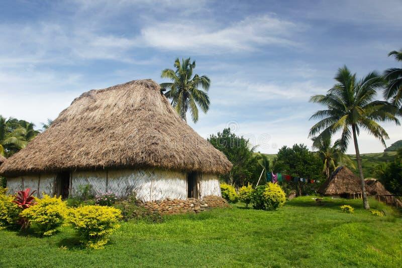 Maison traditionnelle de village de Navala, Viti Levu, Fidji images libres de droits