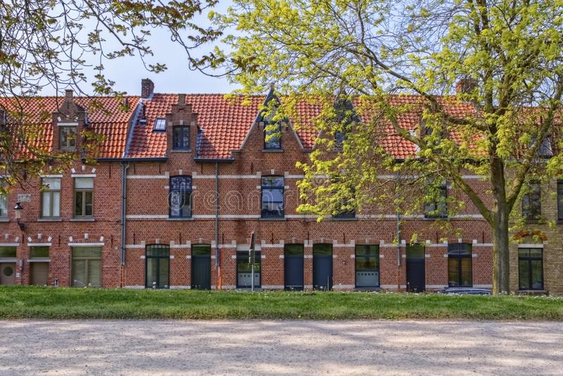 Maison traditionnelle en briques rouges à Bruges, Belgique photographie stock