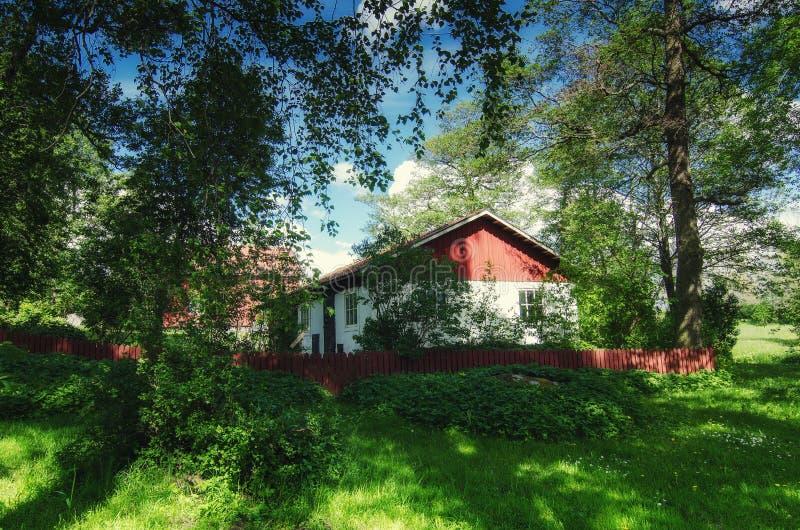 Maison traditionnelle scandinave photographie stock libre de droits