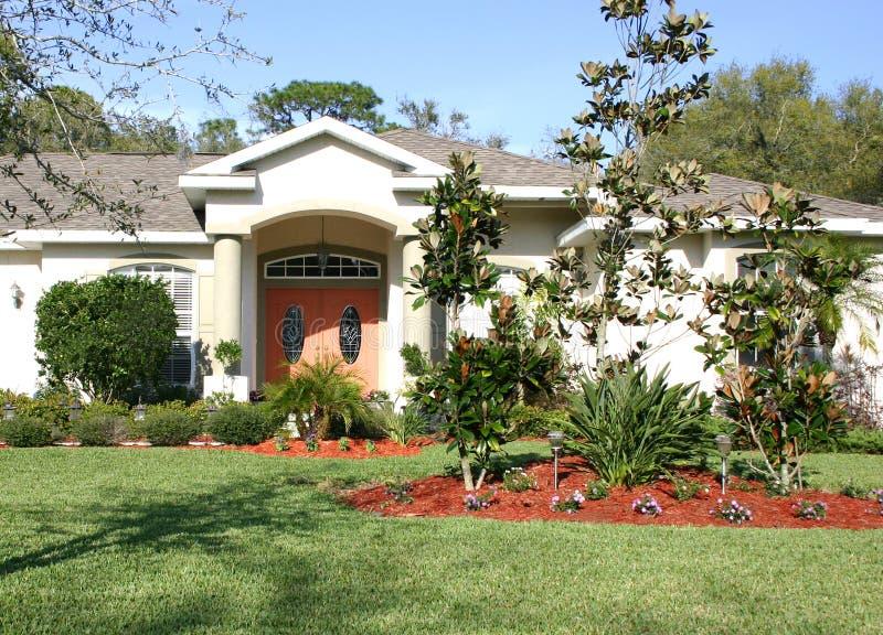 Download Maison tropicale image stock. Image du maison, home, corail - 84179