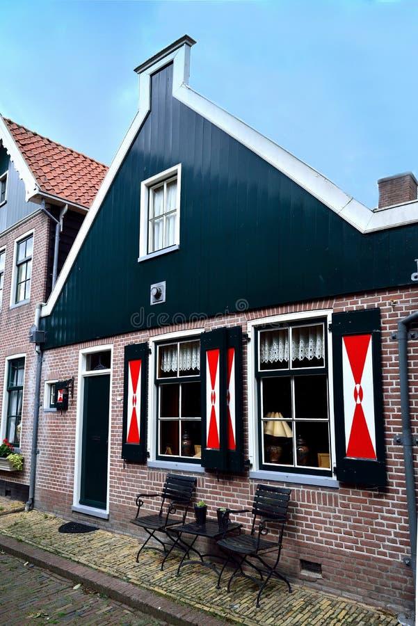 Maison typique dans Volendam photographie stock