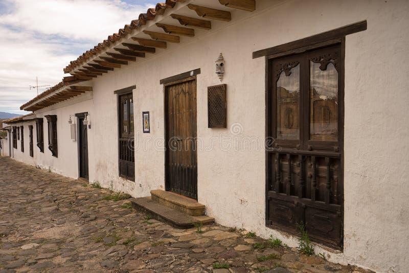 Maisons coloniales de style en Villa de Leyva images stock