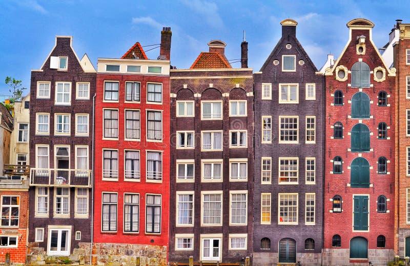 Maisons colorées d'Amsterdam vieilles images libres de droits